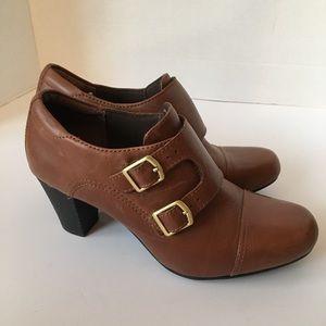 Clark's bendables double monk strap heeled bootie
